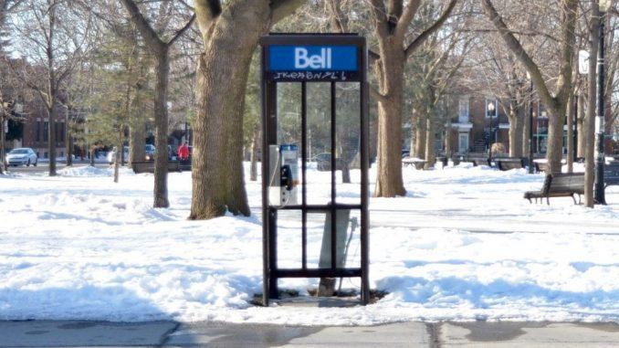 Téléphone au Québec
