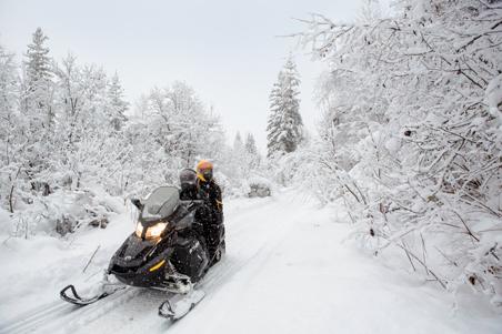 Raid en motoneige en Lanaudière - Québec